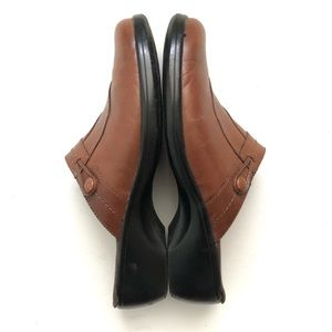 Clarks Brown Leather Slip On Clogs  8